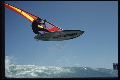 Sailboarding - 3072k x 2048k @ 72 DPI