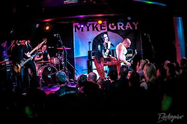 Myke Gray featuring Kim Jennett