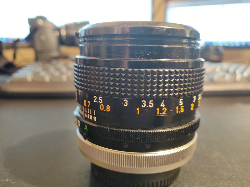 Canon FD 50 mm 1.4 S.S.C. - Serial R1116 & 1213570 002.jpg
