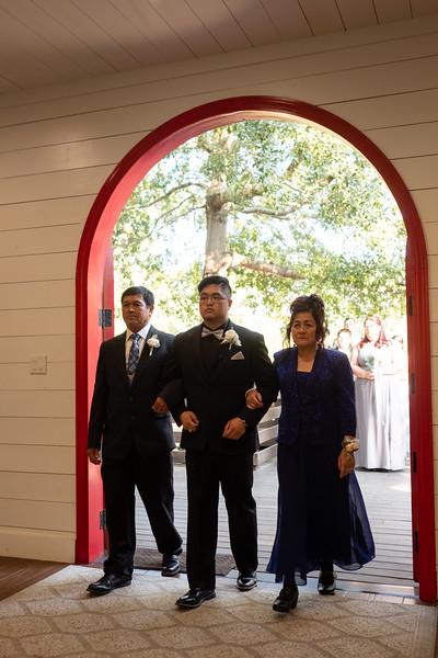 Kaitlin_and_Linden_Wedding_Ceremony-5.jpg