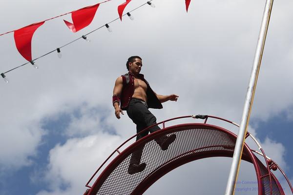 2016 Anastasini Circus