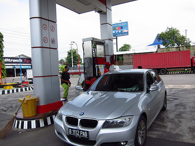 101026_27_Bandung