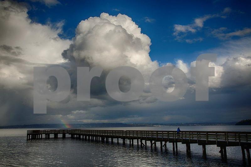 Pier clouds 6512_HDR.jpg
