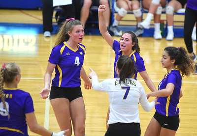 Avon sweeps Amherst out of postseason