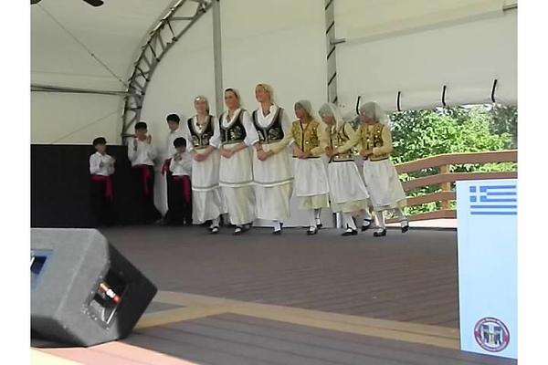 2012-08-19-HT-Greek-Dancers-in-Weirton_005.jpg