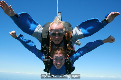 Raina's Tandem Skydive