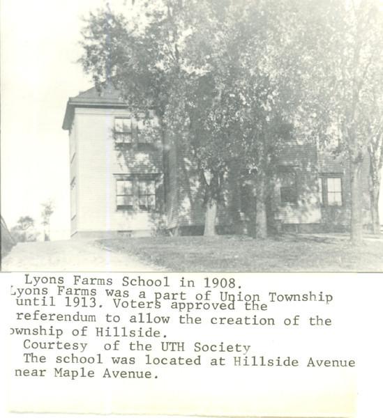 1908 Lyons Farm School.jpg