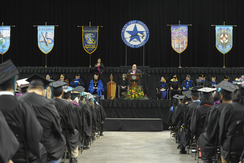 051416_SpringCommencement-CoLA-CoSE-0354.jpg