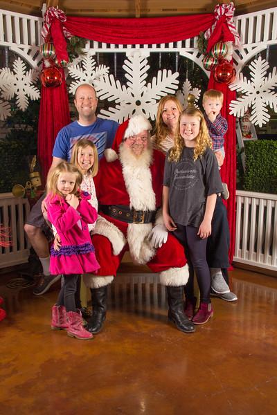 Santa 12-16-17-463.jpg
