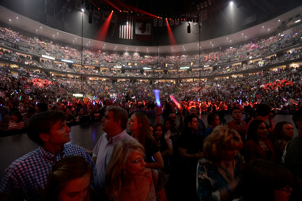 . Sold out crowd patiently waits for Taylor Swift to hit the stage June 2, 2013 during her Red Tour stop in Denver at Pepsi Center. (Photo By John Leyba/The Denver Post)