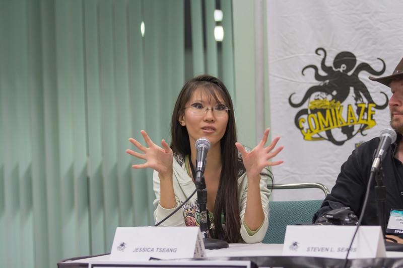 2013 Comikaze Expo - Wonder Woman Panel