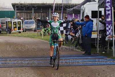 CX Hillingdon   Ladies race