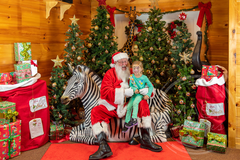 2019-12-01 Santa at the Zoo-7717.jpg