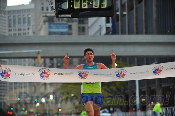 International Half Finish Line, Gallery 1 - 2016 Detroit Marathon