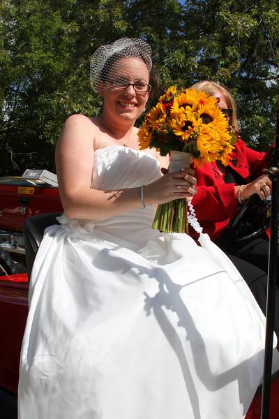 Arriving at the Wedding (46).JPG