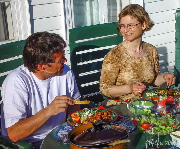 Maberg 18 mai 2002 middag Kirsten og Olav.jpg