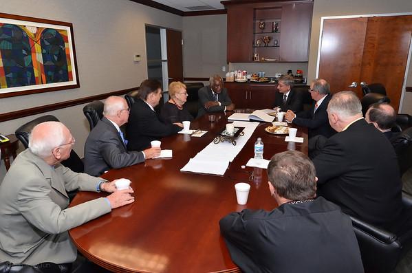 UWC President Czolij & US Congressman Davis At SUAFCU