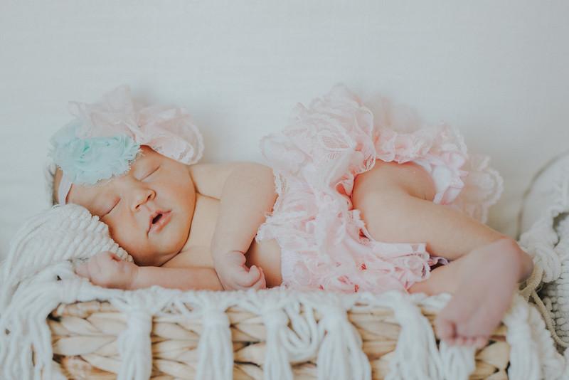 Carter_Newborn-0057.jpg