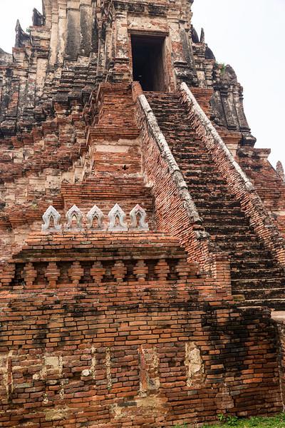 Wat Yai Chaimongkol (9 of 9).jpg