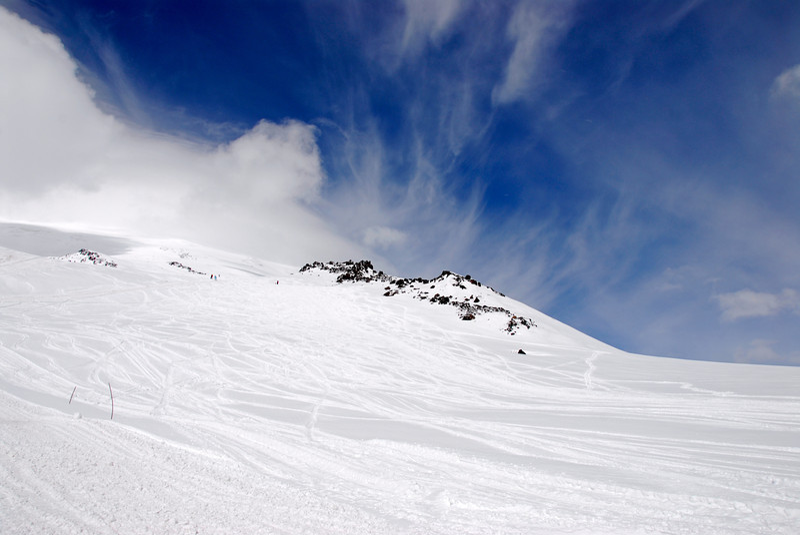 080501 1446 Russia - Mount Elbruce - Day 1 hiking up to Refuge No 11 _E _I ~E ~L.JPG