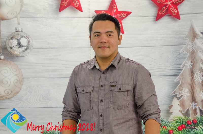Christmas Photobooth 2018 Sunday-147.jpg