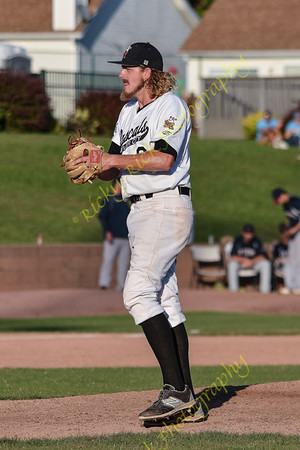 2016-09-18-River City Rascals (7) vs Evansville Otters (5) - Championship series game 4