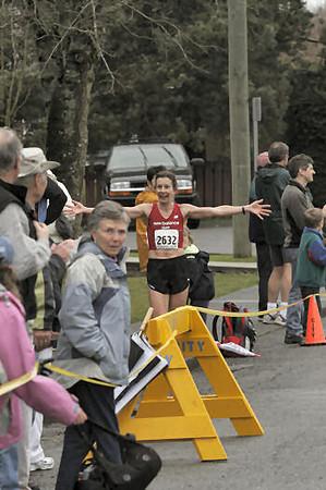 2005 Comox Valley Half Marathon - ComoxHalf2005-Al-Livsey-104.jpg