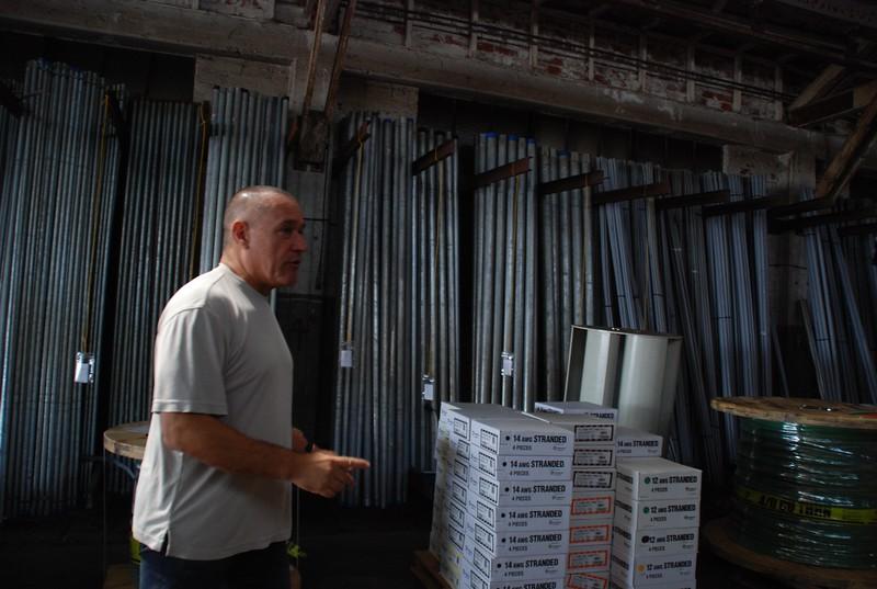 2010, Warehouse Tour