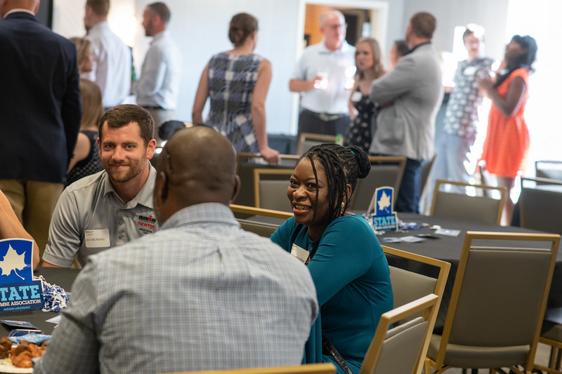 Professional MBA Alumni Dinner-50.jpg