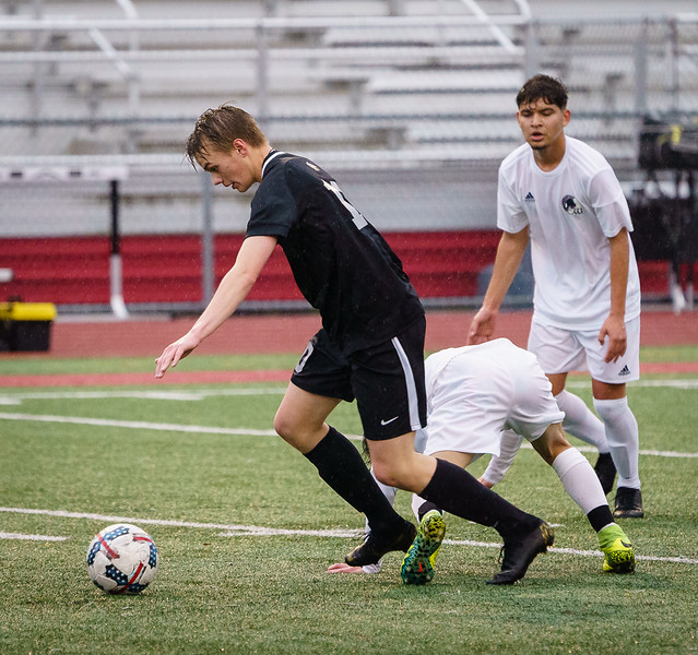 2019-04-16 Varsity vs Edmonds-Woodway 030.jpg