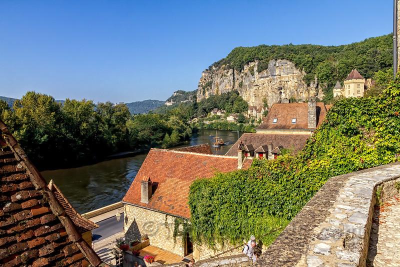 La Roque-Gageac on the Dordogne