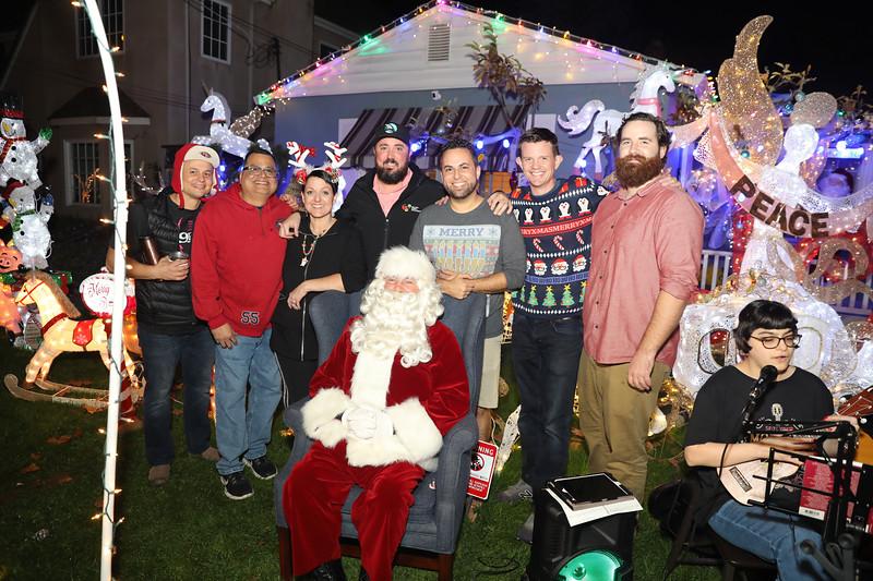 12-08-19-Christmas With Chris & Family-58.jpg