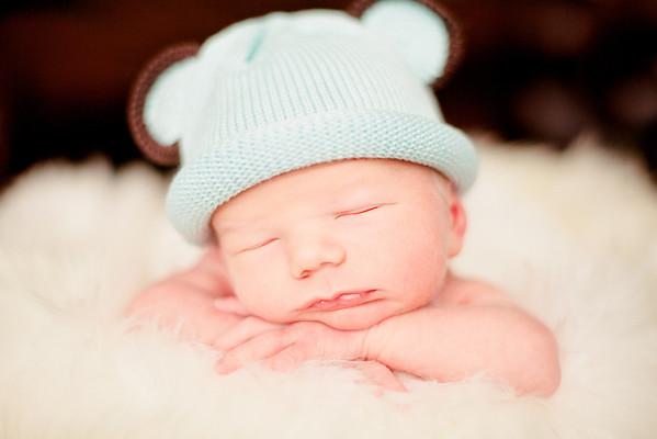 Levi | Newborn