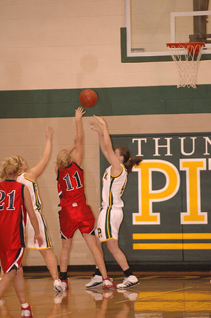 Var Girls BB vs Pius