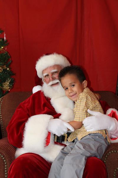 Santa Clause 27NOV2010-137.JPG