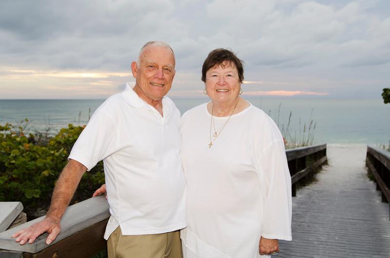 Mary Jo's Family Photos - Barefoot Beach, Fl 326.jpg