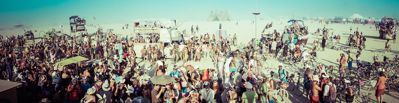 panorama-billion-bunny-march-burning-man-2013.jpg