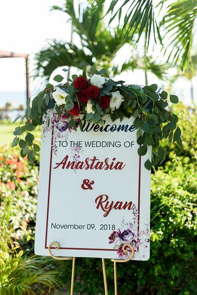 Anastasia-Ryan-1-GettingReady-4.jpg