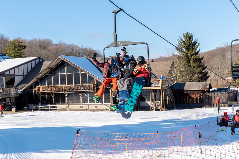 Opening-Day_12-7-18_Snow-Trails-70638.jpg