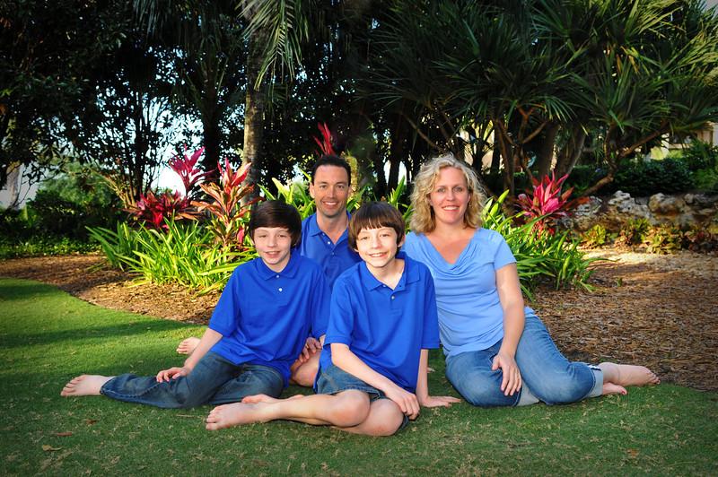 Sue's Grandezza's family Portraits 088.JPG
