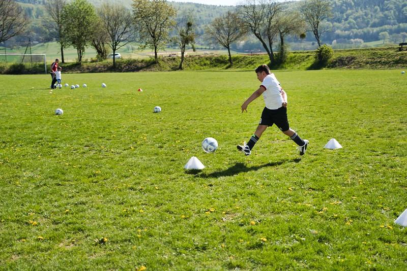hsv-fussballschule---wochendendcamp-hannm-am-22-und-23042019-w-65_46814457065_o.jpg