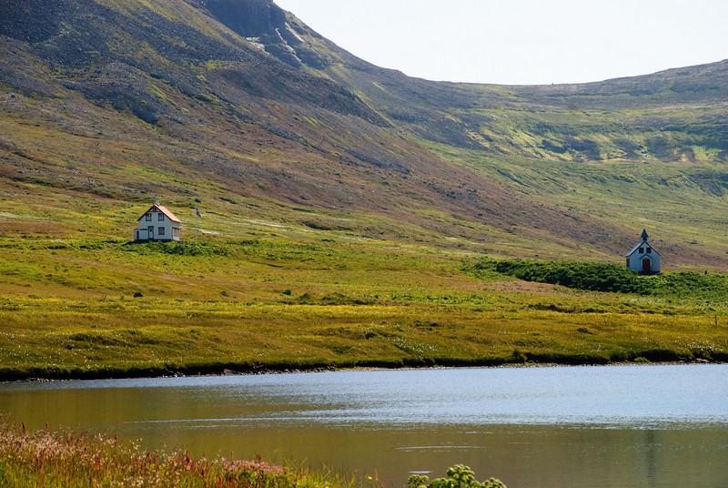 Prestsetrið og kirkjan að Stað í Aðalvík