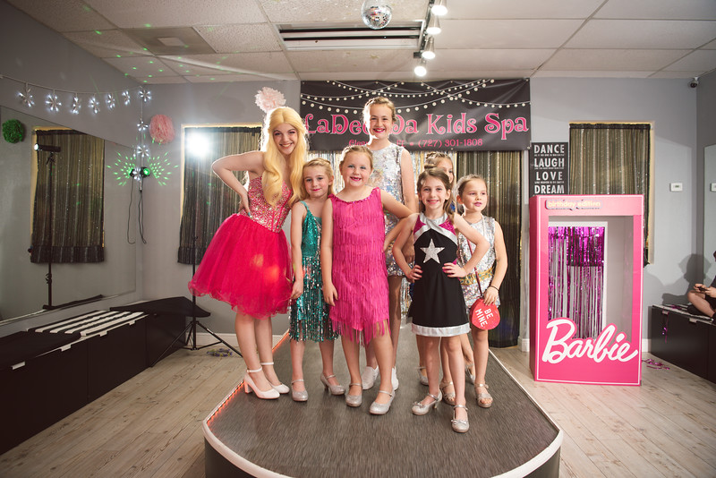 2020-0104-delaney-barbie-party-64.jpg