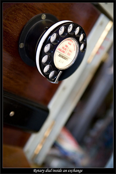 Classic rotary phone dial (81273198).jpg