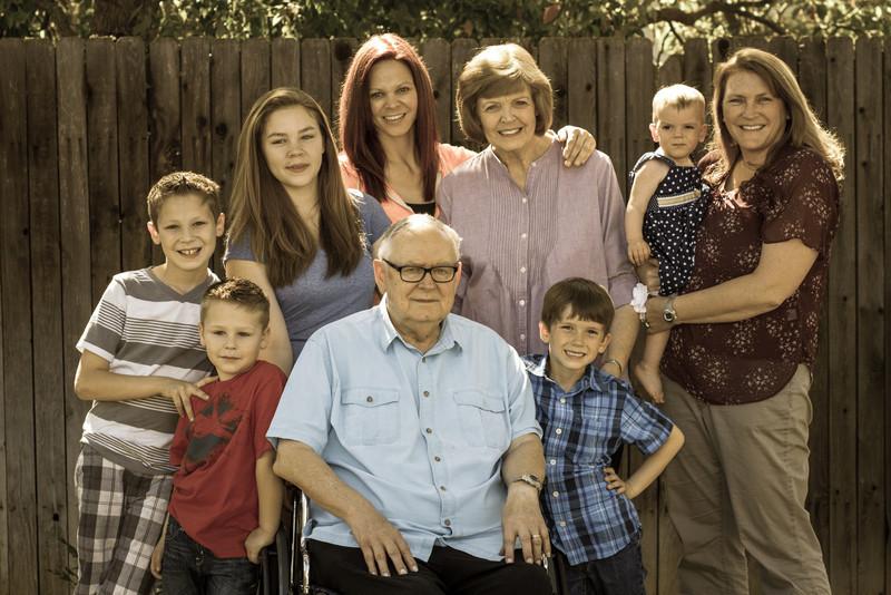 03-27 Hanson Family-114-2.jpg