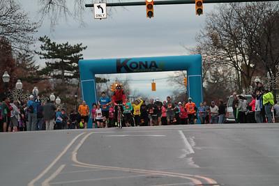 10K Start Wave 2 - 2013 Kona Chocolate Run