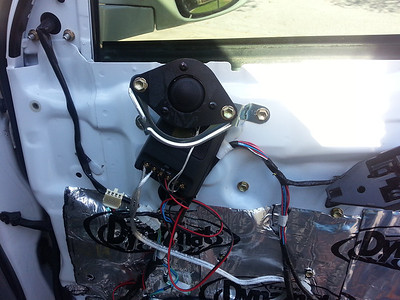2004 4Runner Limited With Factory JBL Front And Rear Speakers And Tweeter Installation - USA