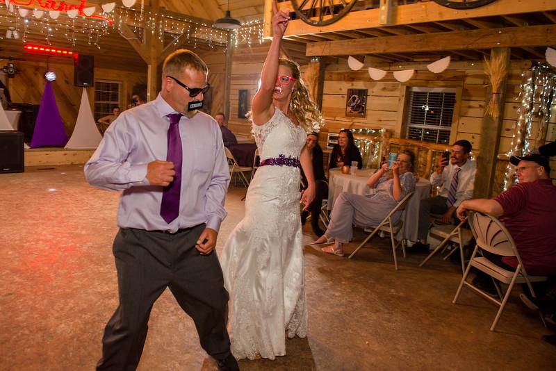 2017-05-19 - Weddings - Sara and Cale 3214.jpg