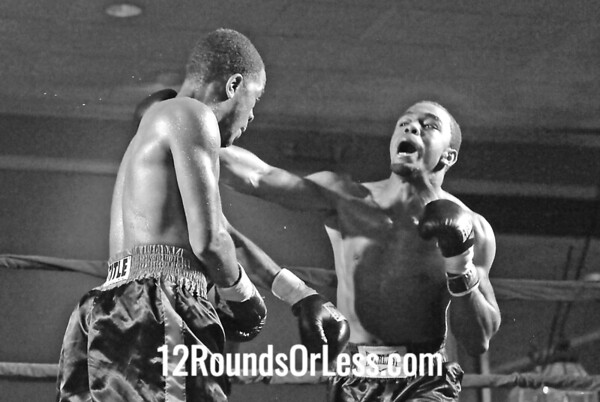 Bout #3  Justin Johnson, Pittsbutrg, AP vw Jamell Tyson, Rochester, NY Jr. Welterweights
