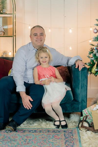 Therrien Family December 2020-6.jpg